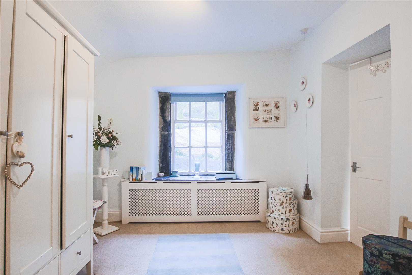 3 Bedroom Semi-detached House For Sale - Dressing Room